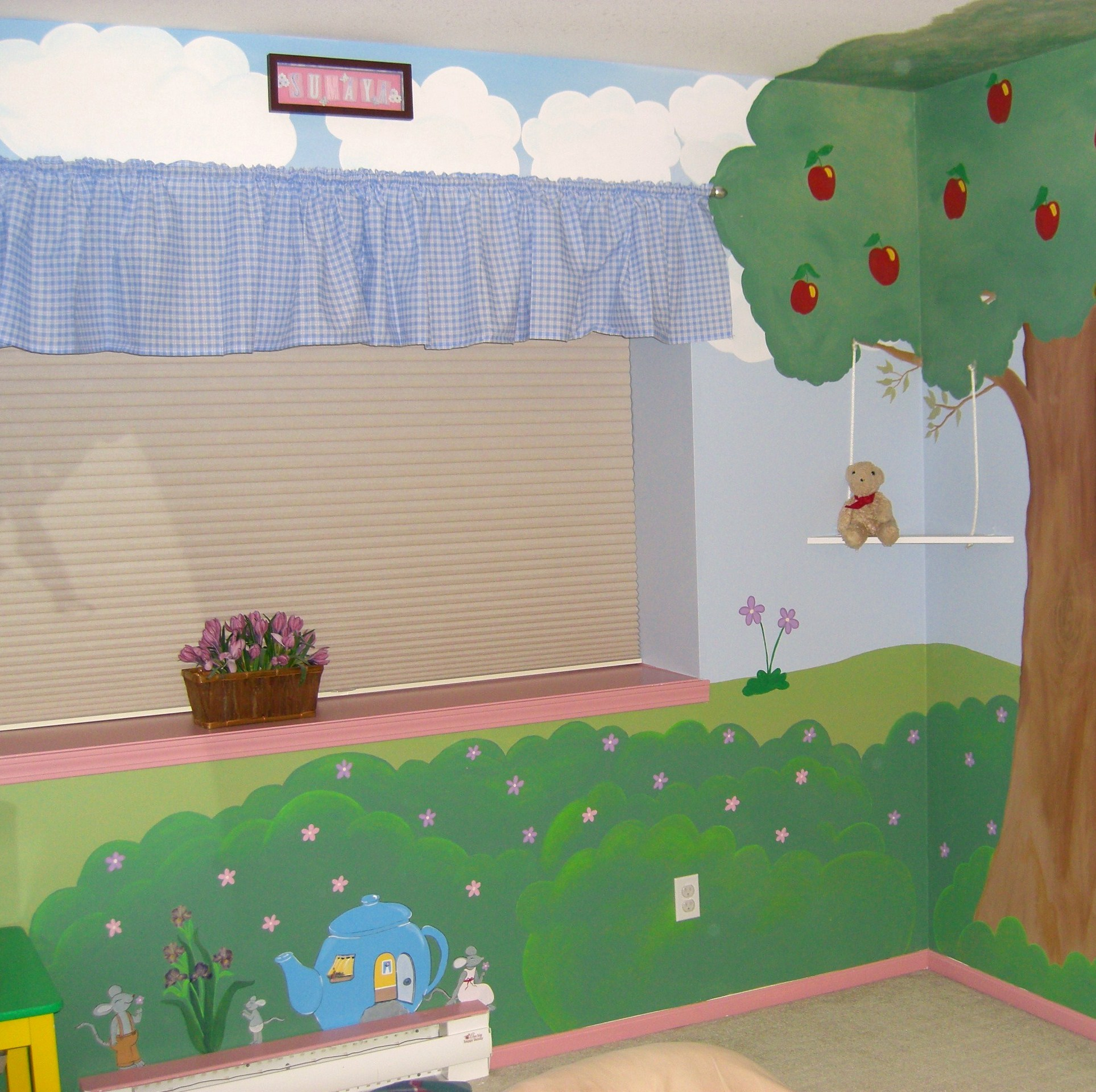 Apple tree kim 39 s magical murals for Apple tree mural
